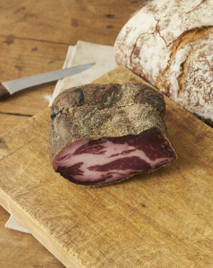 Coppa porc noir de Bigorre AOP au poivre Cubèbe