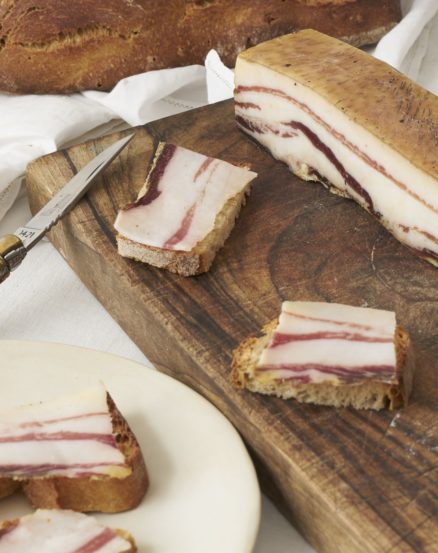 Ventrèche porc noir de Bigorre AOP 6 mois affinage